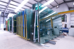 طرح توجیهی شیشه سكوریت باظرفیت 12000 متر مربع در سال
